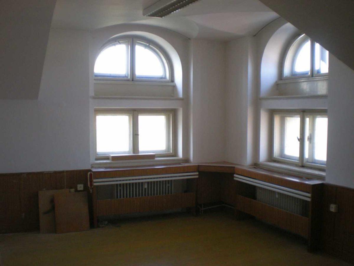 Nebytový prostor kpronájmu – Sokolovská 9