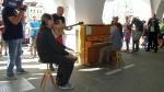piano-v-ulici-11.jpg
